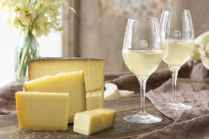 Genussabend: Weine, die Käse zum Schmelzen bringen!
