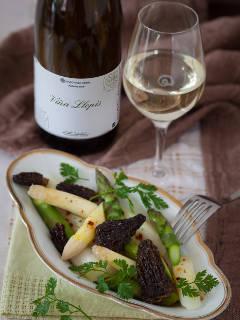 Spargel-Morchel-Salat mit Vanille-Vinaigrette