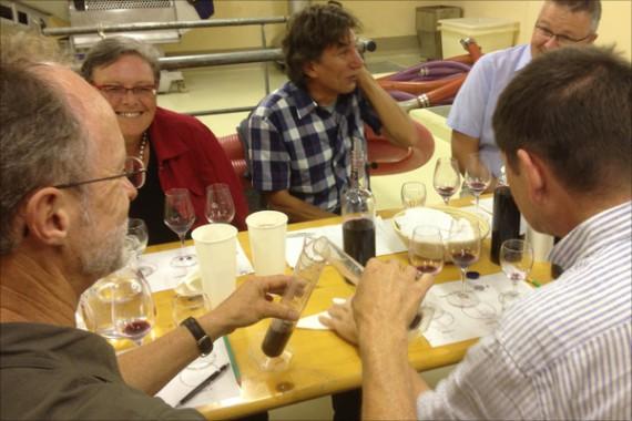 Mit allen Sinnen: Kreieren einer eigenen Cuvée im Weinkeller