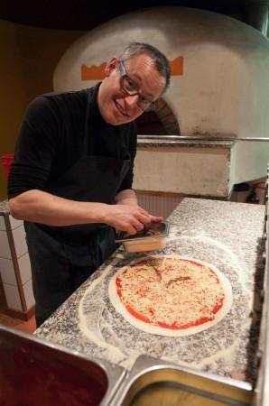 Renato Vitalini als Pizzaiolo