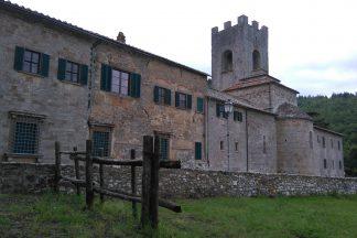Die dicken Mauern des Klosters Badia a Coltibuono bieten Schutz