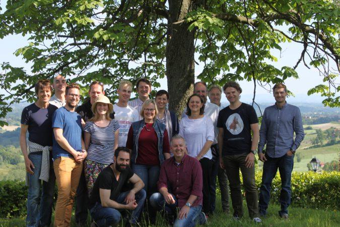 Das Delinat Team geniesst die Aussicht übers Monferrato