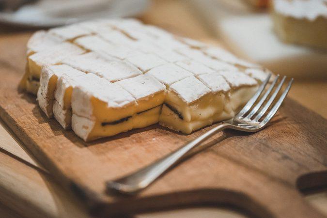 So schön kann der kulinarische Herbst sein: Brie-Käse mit Trüffel.