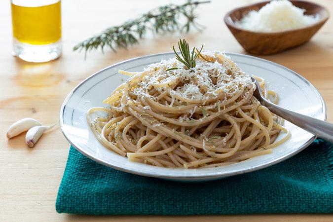 Erstklassiges Olivenöl veredelt kulinarische Köstlichkeiten.